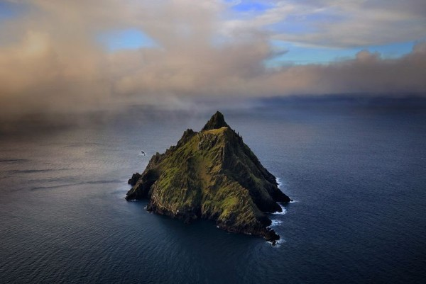 Skellig Michael - Wild Atlantic Music Tours